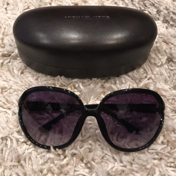 790dda99c949d Michael Kors Vanessa Sunglasses. M 5ac23fcca6e3ead797acc824